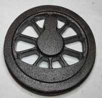 hm1708-leading-trailing-wheels.jpg