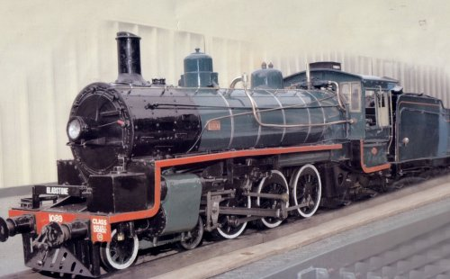 bb18-1-4-loco-by-terry-phillips.jpg